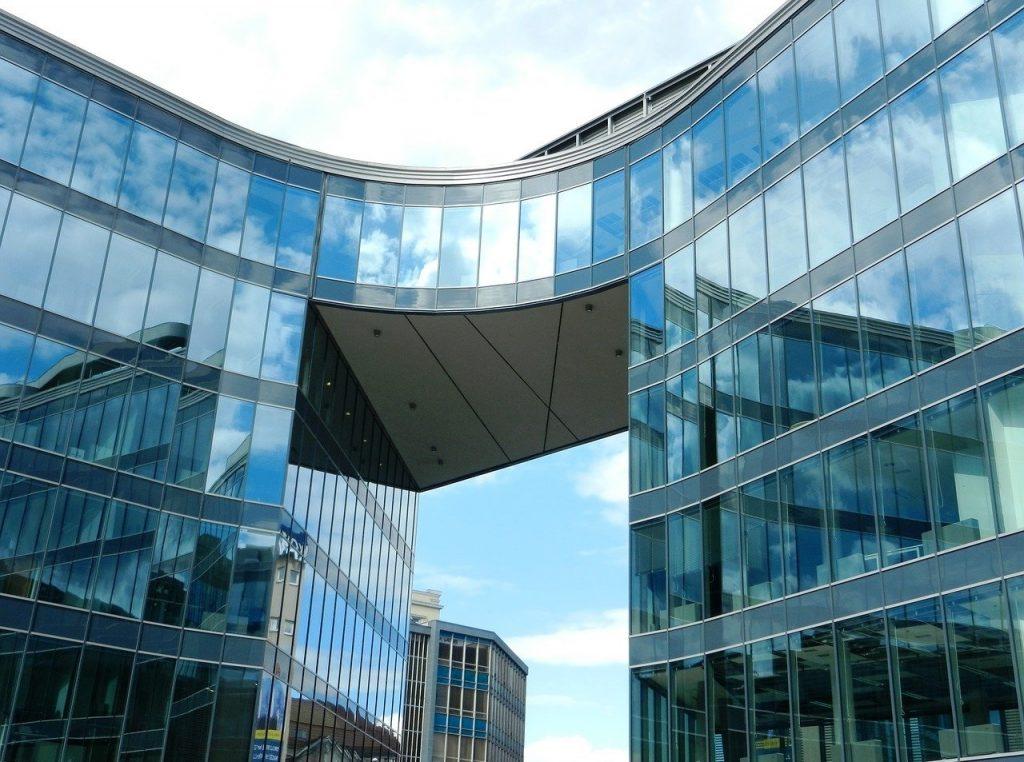 Czy budynek, w którym pracujesz jest bezpieczny dla zdrowia?
